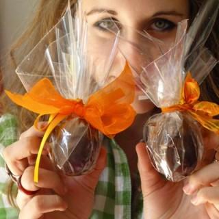 uova ripiene di mousse al cioccolato