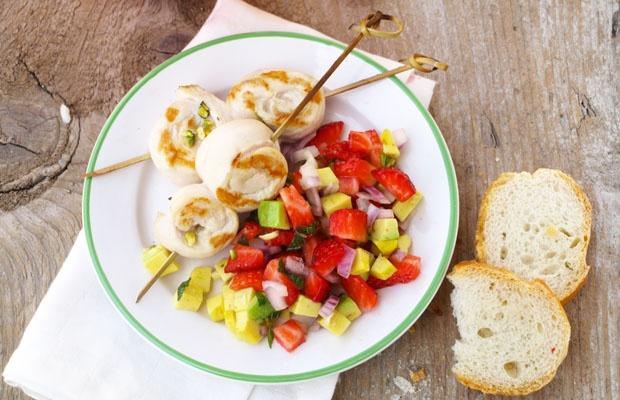 insalata fragole cipolla e avocado