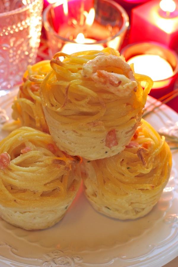 tortini di tagliolini gamberetti e salmone