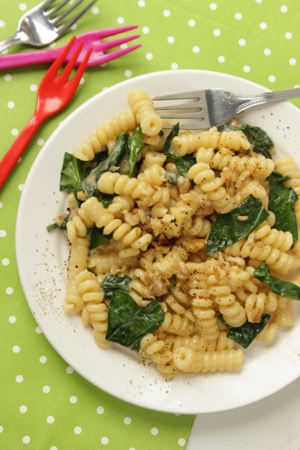 pasta noci , stracchino pecorino e spinaci