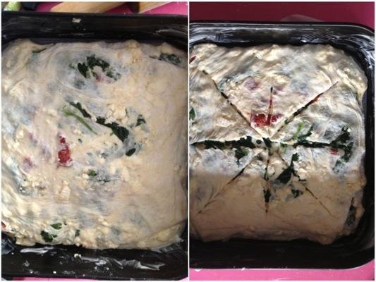 torta sfogliata con formaggio primo sale, spinaci e pomodorini secchi
